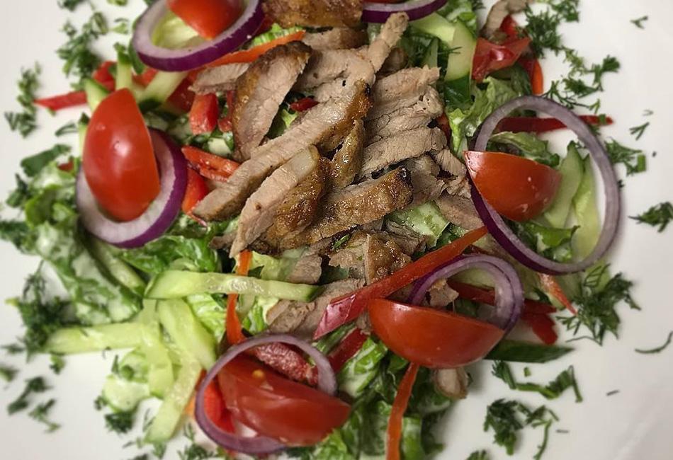 салат шашлычный рецепт с фото это поняла